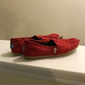 Women's TOMS, red with white dots